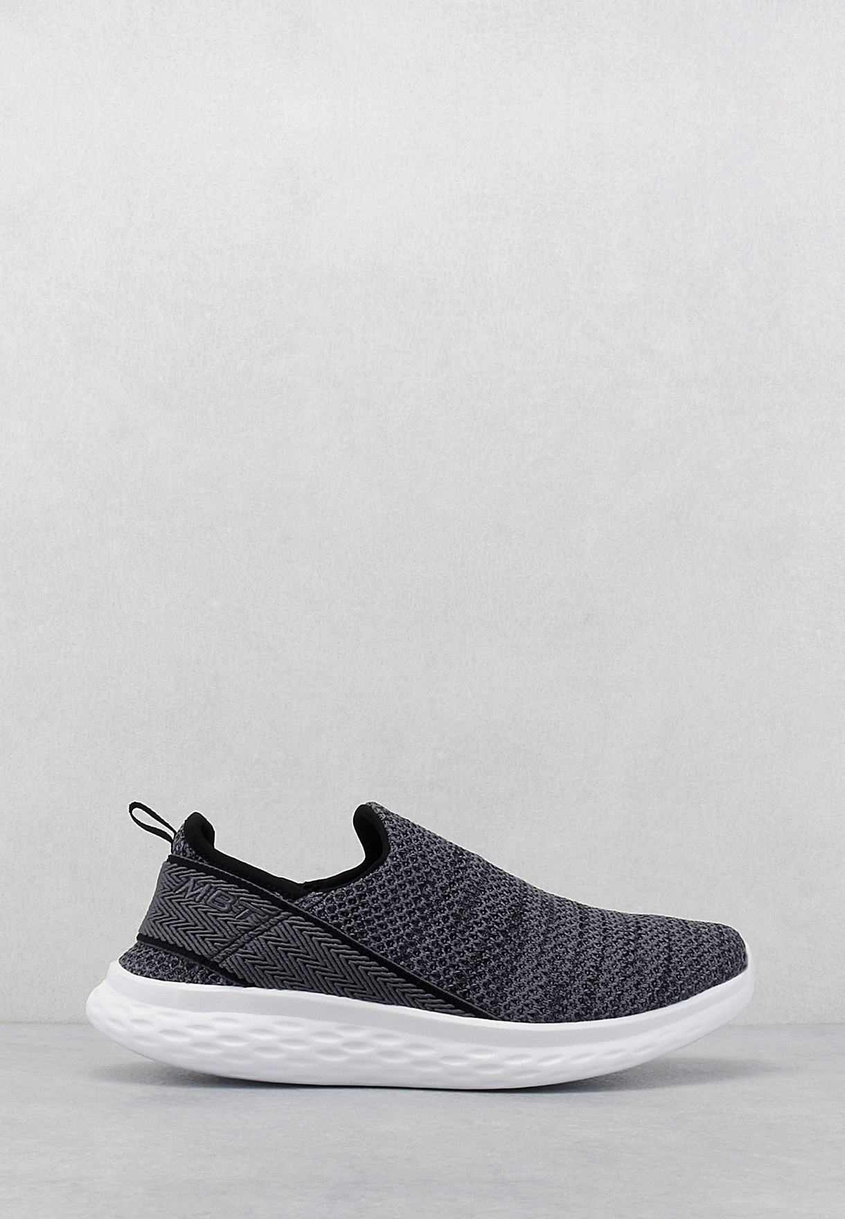 Rome-100 Air Mesh Slip On